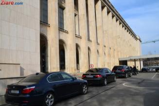 Stanescu si Sova n-au demisionat din Guvern. Ministrul Transporturilor: Am deranjat cuiburi de viespi pe care nu le-a deranjat nimeni timp de 20 de ani