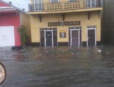 Stare de urgenta in New Orleans: Orasul e inundat de o furtuna tropicala care risca sa devina uragan (Foto&Video)