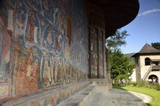 Stareta Manastirii Voronet, internata in spital cu COVID-19