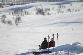 """Statiunile suedeze de schi sunt inca deschise: """"Ganditi-va la noi, egoistilor!"""""""