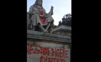 Statuia lui Colbert din fata Adunarii Nationale a Frantei a fost vandalizata