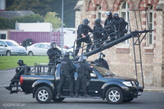 """Statul Islamic vrea sa vada Franta """"in genunchi"""": Tinta teroristilor - profesorii"""