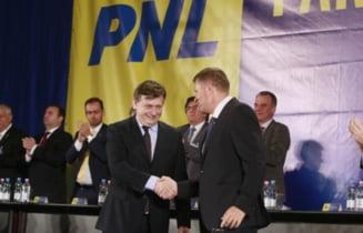 Statutul PNL, ilegal din cauza lui Iohannis: L-a semnat inainte sa fie seful partidului