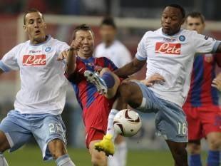 Steaua, egalata in minutul 98 de Napoli