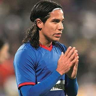 Steaua ii cere 2 milioane de euro lui Dayro Moreno