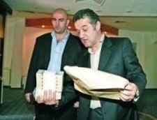 Steaua s-a umplut de bani: Suma colosala incasata de Becali de la UEFA