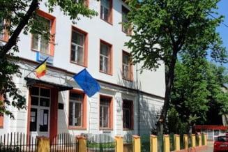 """Stenogramele coruptiei de Sarbatori intr-o scoala de fite din Bucuresti: """"Astea-s cadourile voastre? Atat va reprezinta?"""""""