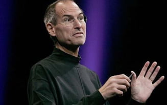 Steve Jobs are mai multi bani decat Statele Unite