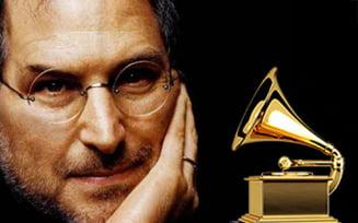 Steve Jobs va primi un premiu Grammy