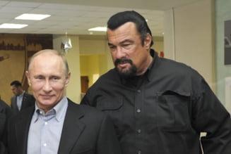 Steven Seagal il felicita pe Putin pentru anexarea Crimeii
