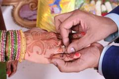 Stiai ca poti participa la nunti traditionale indiene? Uite cat te costa