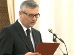 Stirbu si Grebla au depus juramantul - Basescu a tinut discurs numai la investitura lui Grebla, Ponta a plecat