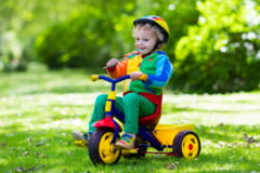 Stiti cum a fost inventata tricicleta pentru copii? Istoria uneia dintre cele mai indragite jucarii de exterior