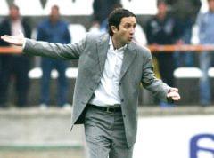 Stoica: Petrescu nu pleaca, are o treaba de terminat la Urziceni