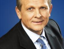 Stolojan: Guvernul ar trebui sa aiba un dialog cu Rompetrol si Petrom