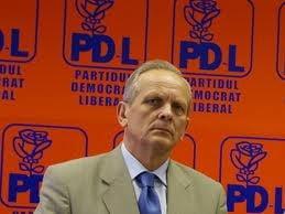 Stolojan desfiinteaza potentialii candidati ai PDL la Primaria Bucuresti