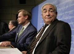 Strauss-Kahn, tinut departe de sefia Frantei de pasiunea pentru femei