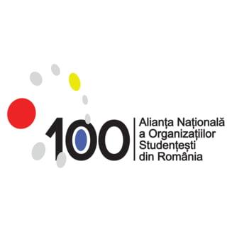 Studentii critica referendumul pentru familie: Dezvolta homofobia, intoleranta si discriminarea