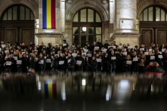 Studentii de la Drept ies azi in strada: Noua lege penala nu mai apara valori fundamentale - Viata, Integritatea, Echitatea