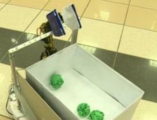 Studentii romani au inventat robotii care fac curat sau cocktailuri