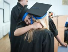 Studentii romanii nu vor mai putea studia in Marea Britanie cu imprumuturi guvernamentale. Ce solutii au la dispozitie de la anul
