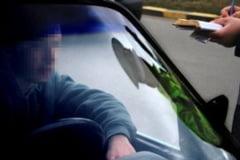 Sucevean cu permisul anulat de opt ani, prins in timp ce conducea prin Falticeni