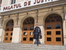 Suceveanul care a facut un metru de autostrada se suspenda din avocatura in semn de solidaritate cu magistratii