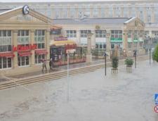 Sudul Frantei, devastat de ploi - stare de catastrofa naturala