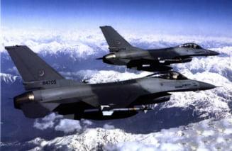 Suedezii si americanii se bat in oferte sa vanda avioane multirol Romaniei