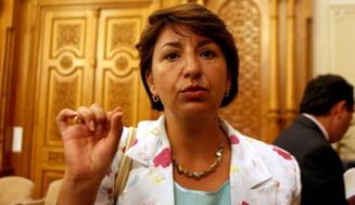 Sulfina Barbu: Antonescu si Ponta reinvie democratia originala a lui Iliescu