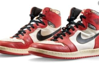 Suma-record cu care a fost vanduta o pereche de ghete sport care i-a apartinut lui Michael Jordan