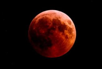 Super Luna Sangerie a Lupului, un fenomen astronomic rar care a putut fi vazut si din Romania (Galerie foto)