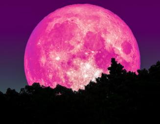 Super Luna roz, un fenomen spectaculos rar: Cand se vede in Romania? VIDEO