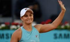 Super-meci in sferturile turneului de la Madrid: liderul WTA are un test greu azi