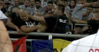 Suporterii romani s-au batut intre ei, la meciul Ungaria - Romania (Video)
