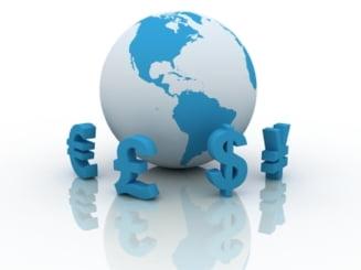 Suprematia mondiala a dolarului, zdruncinata de euro si yuan