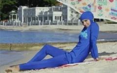 Surprinzatoarea origine a burkini: Cine a inventat controversatul costum de baie?