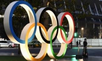 Surpriză din partea organizatorilor pentru medaliații de la Jocurile Olimpice: își pot scoate masca timp de 30 de secunde pe podium