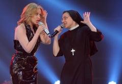 Surpriza de proportii: Calugarita de la Vocea Italiei, duet cu Kyle Minogue (Video)