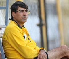 Surpriza in Emirate: Piturca negociaza cu echipa care il vrea pe Reghecampf