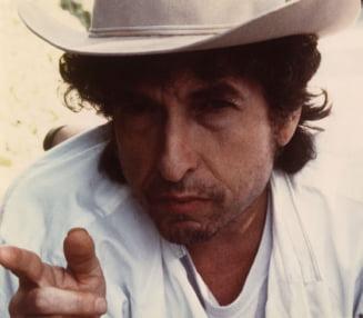 Surpriza la premiul Nobel pentru Literatura: A fost castigat de cantaretul Bob Dylan (Video)