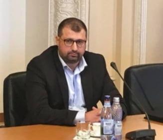 Surse: Daniel Dragomir ar fi plecat din tara inainte de pronuntarea sentintei. Fostul colonel SRI, condamnat definitiv la 3 ani si 10 luni de inchisoare