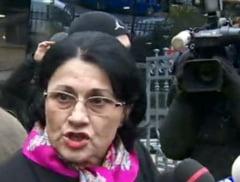 Suspecta de abuz in serviciu, Ecaterinei Andronescu nu-i e frica de puscarie (Video)