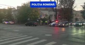 """Suspiciune de vaccinare fictivă la un centru din București. Primar: """"Parchetul, împreună cu poliția, au descins azi la prima oră pentru a ridica probele de la fața locului"""" VIDEO"""