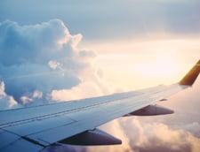 Suspiciuni de holera intr-un avion sosit din Algeria in Franta. Pasagerii au fost retinuti la bord