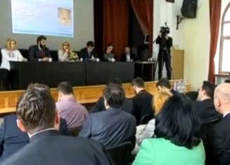 Sustinatorii orei de religie vor modificarea Constitutiei
