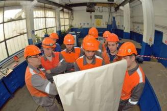 Sute de angajati ArcelorMittal protesteaza la Galati, pentru a patra oara in 2018 (Video)