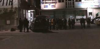 Sute de elevi scosi dintr-un camin pentru a-l face centru de carantina. Parintii au protestat. UPDATE Prefectul a cedat