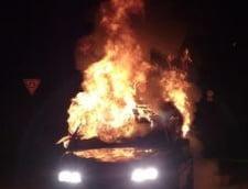 Sute de masini incendiate in Suedia de tineri fara ocupatie: Autoritatile nu mai fac fata