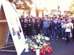Sute de oameni au PROTESTAT in Campina dupa tragedia rutiera de pe DN1